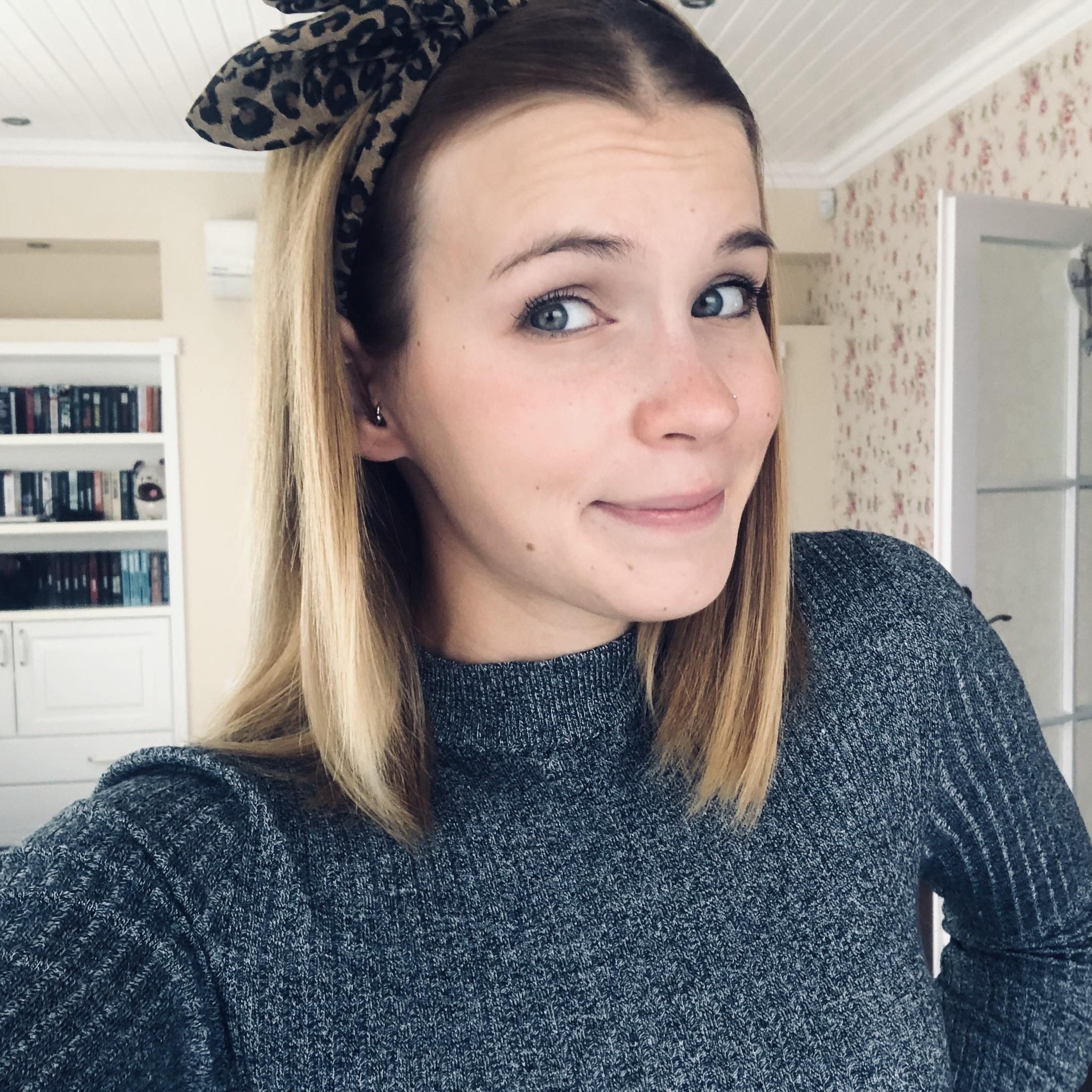 Ollári Lili
